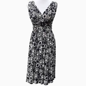 B&W Sleeveless Swing Dress
